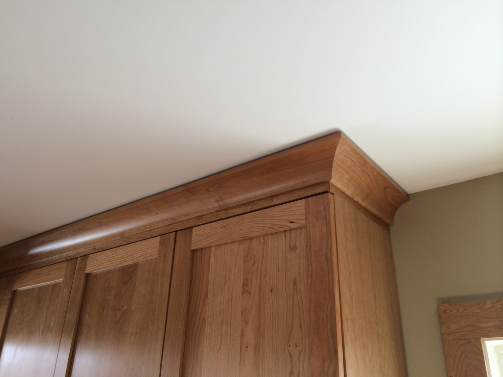 How To Install Kitchen Cabinet Crown Molding Crown Molding For Cabinets How To Install Cabinet Molding