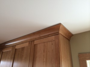 How To Crown A Kitchen Elegant Crown Molding Kaja Gam